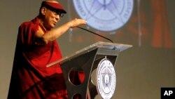 1月6日达赖喇嘛在印度一所大学发表演讲