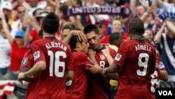 Estados Unidos clasificó a las semifinales de la Copa Oro en donde ya espera a Panamá.