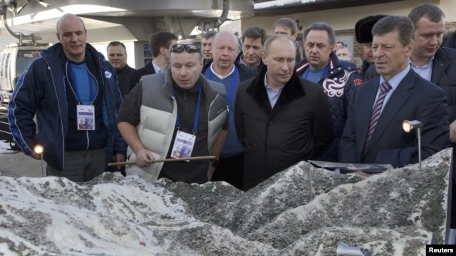 Los cambios de liderazgo en los juegos se llevaron a cabo después que Putin criticara la tardanza.