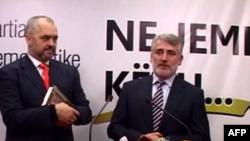 Edi Rama takohet me politikanë shqiptarë në Tetovë