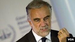 Jaksa Mahkamah Kejahatan Internasional Luis Moreno-Ocampoan