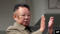 北韓已故領袖金正日2011年10月10日的資料圖片