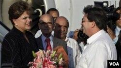 Dilma Roussef evitó referirse al tema de derechos humanos en Cuba durante su visita oficial a la isla.