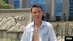 吴良述律师遭法警殴打在网上引起广泛关注,图为吴革律师微博。截屏时间2016年6月7日0点。