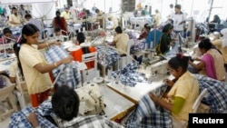 Fábrica de roupas, Bangladesh.