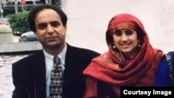 سمیرا فاضلی اپنے ماموں رؤف فاضلی کے ساتھ۔