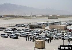 美軍撤走後停放在巴格拉姆基地的撤離。 (2021年7月5日)