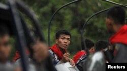 缅甸警察星期六守卫若开邦