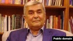 ئازاد جوندیانی-ڕاوێژكاری ڕوناكبیری و سیاسی مهسعود بارزانی سهرۆكی پێشووی ههرێمی كوردستان\ فۆتۆ- فهیس بووك