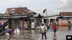 Nigeria Floods 10-26-2011 111111111111