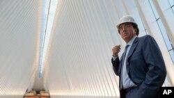 Kiến trúc sư người Tây Ban Nha Santiago Calatrava là người thiết kế ra trung tâm vận chuyển trị giá 4 tỷ đôla.