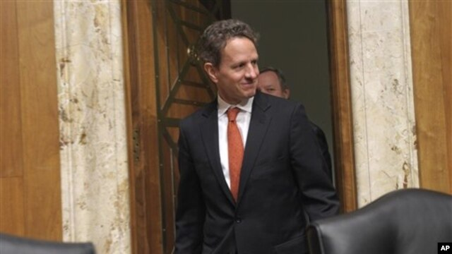 Treasury Secretary Timothy Geithner arrives on Capitol Hill in Washington to testify before the committee's hearing on the Treasury Department's fiscal 2011 budget, April 5, 2011