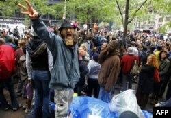 'Wall Street'i İşgal' Gösterileri Çevre Sakinlerinin Canını Yakıyor