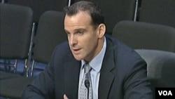 布莱特.麦格尔克在国会作证(资料视频截图) / Brett McGurk