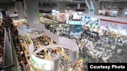 香港第24屆書展吸引了98萬人進場(圖片來自HKTDC)
