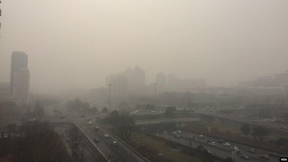 何清涟:从雾霾定性的变化 看中国政治魔术(图)