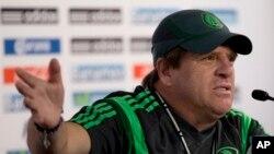 Pelatih timnas Meksiko, Miguel Herrera mengatakan kepada para pemainnya untuk tidak makan daging merah (foto: dok).