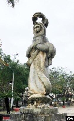 Mừng V: Đức Mẹ được tôn vinh trên trời