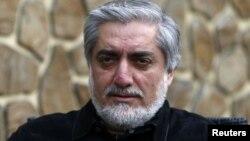 تیم انتخاباتی عبدالله عبدالله: امرخیل به سود نامزد مشخص تقلب کرده است
