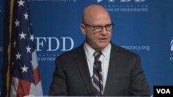 مک ماستر: ایران اختلافات فرقه ای را در عراق دامن میزند و نفوذ تهران در شرق میانه خطرناک است
