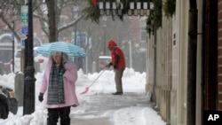 Sneg u Nju Hempširu, na severoistoku SAD