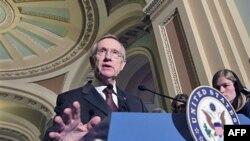Lãnh đạo khối đa số Thượng viện, Thượng nghị sĩ Harry Reid cho biết Thượng viện hủy bỏ ngày nghỉ trong tuần tới để tập trung vào các cuộc thảo luận về ngân sách