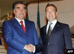 Imomali Rahmon va Dmitriy Medvedevning 2011-yilning sentabr oyidagi uchrashuvidan