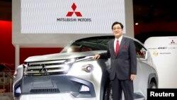 CEO Mitsubishi Osamu Masuko pada Tokyo Motor Show (foto: dok).