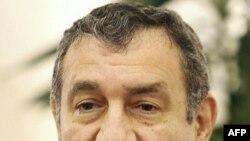 Mısır Başbakanı İssam Eşref