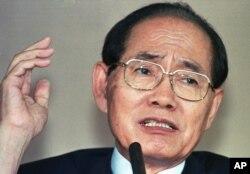 Hwang Jang Yop, 74 tuổi, trong một bức hình chụp vào ngày 10 tháng 7, 1997.