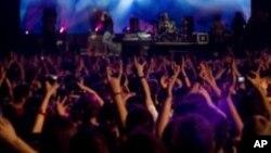 Les concerts, source de bruits aptes à endommager les tympans