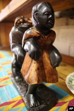 Donkor also sells original works of art from Ghana