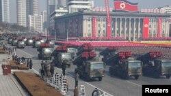 Vojna parada u Pjongjangu (arhivski snimak)