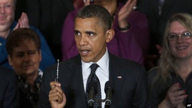 9일 백악관에서 첫 대국민 연설을 통해 미국 재정 위기에 대한 입장을 표명하는 바락 오바마 대통령.