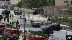 지난 22일 아프가니스탄 카불의 의회 앞에서 탈레반이 자살 폭탄 공격을 단행했다. (자료사진)