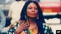 Foto de Assata Shakur (Joanne Chesimard), condenada en 1977 por asesinar a un policía en Nueva Jersey.