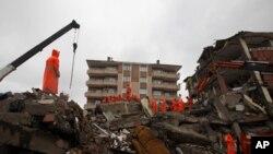 534 οι νεκροί από το σεισμό στη Τουρκία