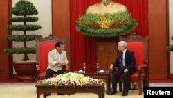 Tổng thống Philippines Rodrigo Duterte và Tổng Bí Thư Việt Nam Nguyễn Phú Trọng, tại Hà Nội, 29/09/ 2016.