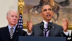 奧巴馬(右)批評共和黨參議員做法