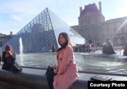 Mira Yuliani Roza, mahasiswa S2 dan tuan rumah Kamar Pelajar di Paris (Dok: Mira)