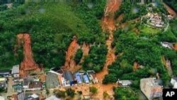 An aerial view of a mudslide in Teresopolis, Brazil, after rain tore through Rio de Janeiro's mountains, Jan 12, 2011