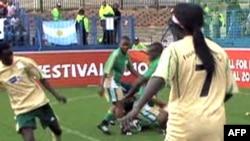 FIFA organizon turne për fëmijët nga zona të luftës dhe varfërisë