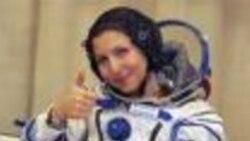 انوشه انصاری، نخستین مسافر فضائی زن