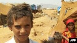 也门冲突造成几十万人流离失所