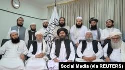 ملا عبدالغنی بردار اخند و شماری از رهبران و اعضای این گروه