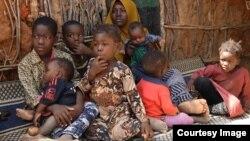 Watoto wa Mama Jamila katika kambi ya Dadaab nchini Kenya