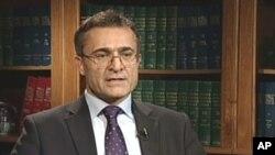 خالیدی عهزیری سکرتێری گشتی حیزبی دیموکراتی کوردستان، وێنه ههینی 8ی دهی ساڵی 2010