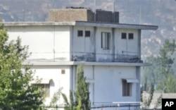 遭到美国部队突袭的本.拉登在巴基斯坦藏身的院落