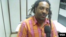 """Messias Santiago líder da banda de reggae """"Mercado Negro"""""""