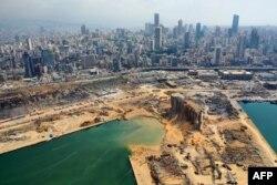 Последствия мощного взрыва в порту Бейрута: аэросъемка